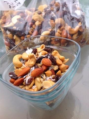 peanut free trail mix