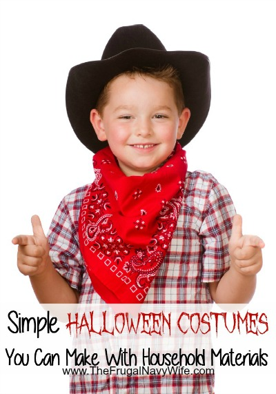 Simple-Costumes-You-Can-Make-With-Household-Materials