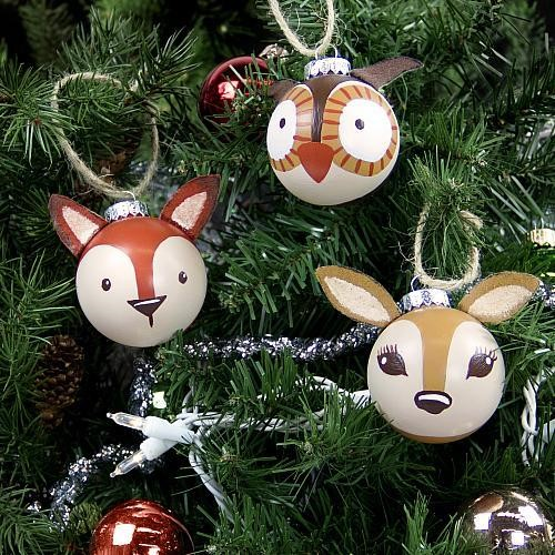 Cheap easy diy christmas decorations the busy budgeter for Cheap christmas ornaments