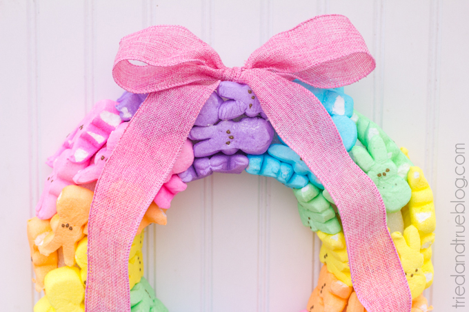 DIY Easter Crafts - peeps are my favorite part of easter, and I am so excited that there are SO many easy easter crafts I can make using Peeps!