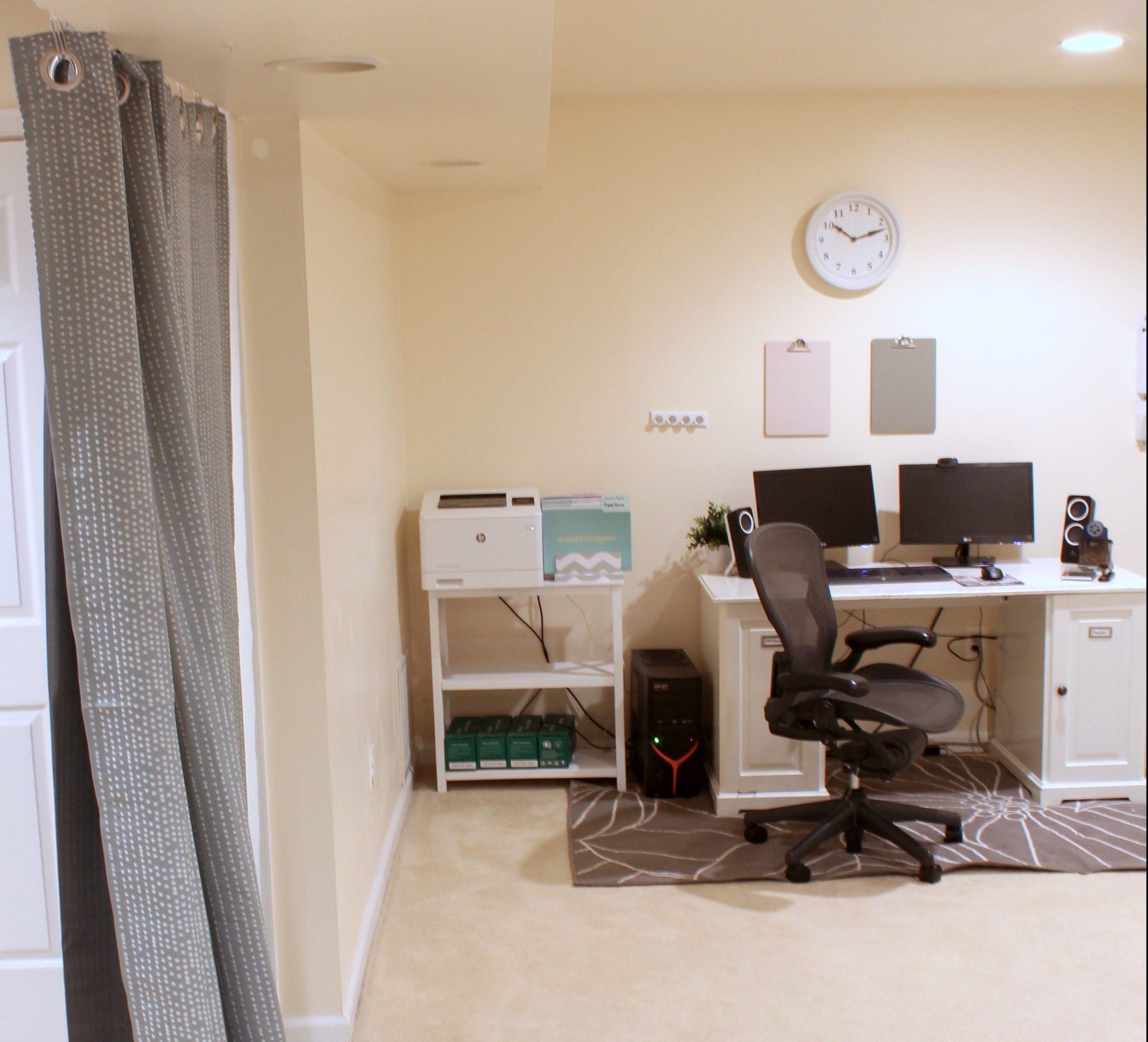These Home Office Ideas On A Budget Are Exactly What I Needed To Get My
