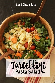 Are there any easy recipes for dinner that don't include some good ole' pasta salad? Can't go wrong - so easy to make, delicious, and it will make the whole family happy!