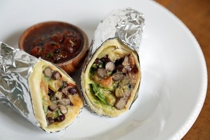 Veggie burritos are perfect for family dinner night! I love this list of easy recipes for dinner. Definitely going to try a few of these!